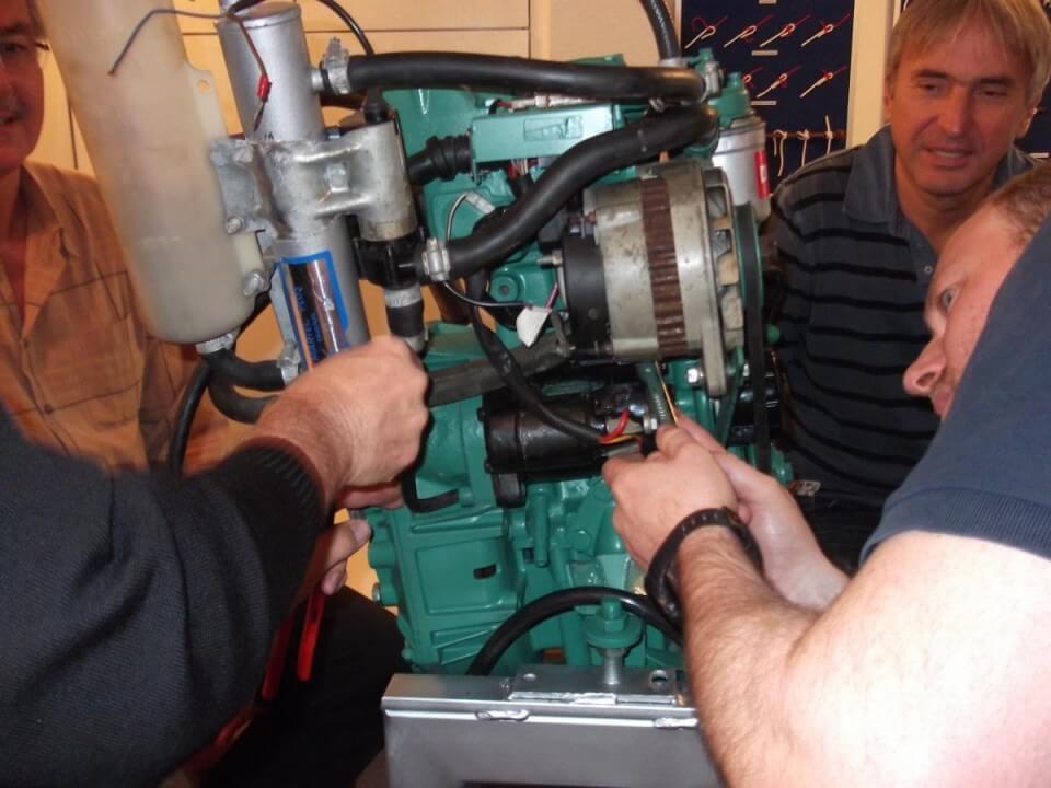 Motorenkunde (Schiffsdiesel)