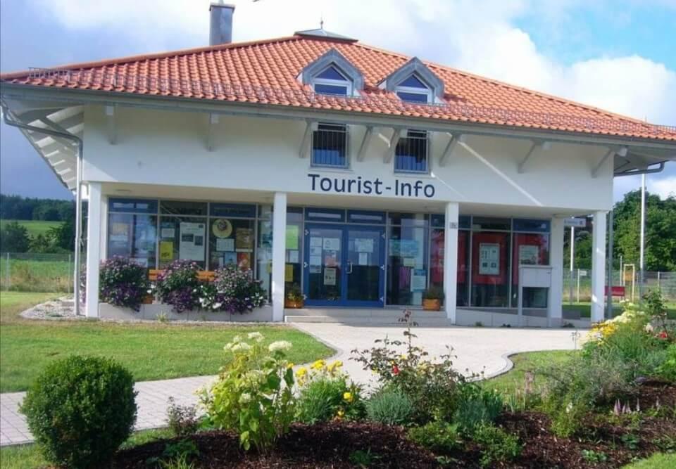Tourist-Info Langlau